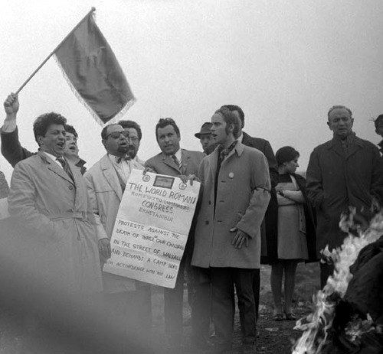 First-world-romani-congress-1971-1